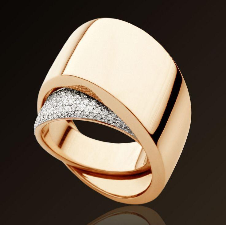 Anello in oro giallo, bianco, rosa, e diamanti di Vhernier. Collezione 'Tourbillon'