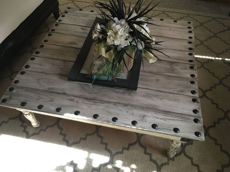 Turn Leftover Fence Boards into a Magazine-Worthy Coffee Table