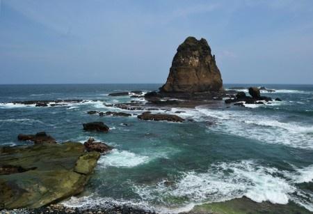 Simon Anon Satria: Pesona Alam Pantai Tanjung Papuma - Jember, Jawa Timur.