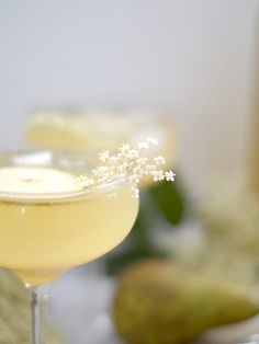 Elderflower Syrup, Vanilla+Pear Champagne Cocktail