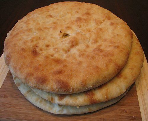 Кабускаджын (осетинский пирог с капустой и сыром) (1) (500x409, 39Kb)