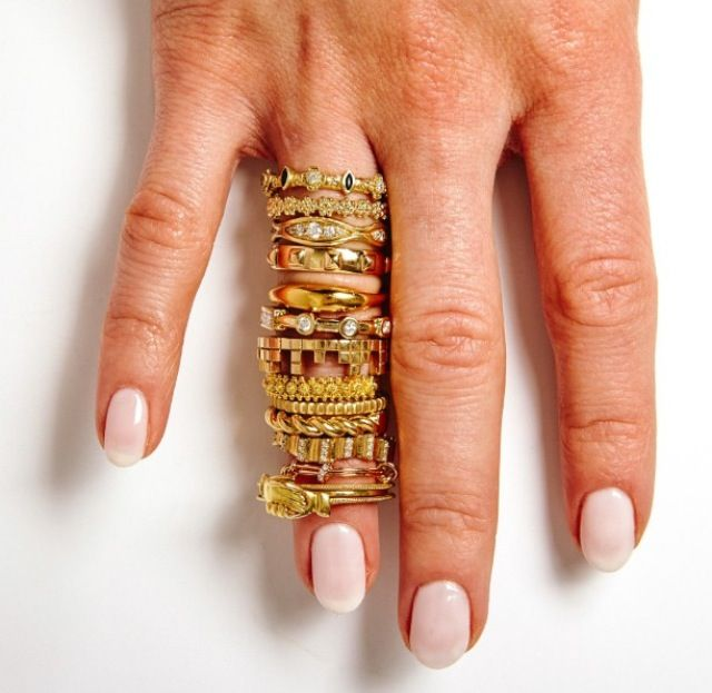 Be a 'Stand-out-Bride' and choose your band out of this stack. Our Fedele and Maninfide rings featured by #lovegoldlive