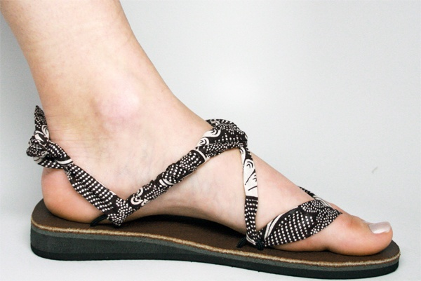 Sseko shoes! Made by Ugandan women- you can buy different fabric straps for different styles/ looks. Stylish and making an impact. Perfect.