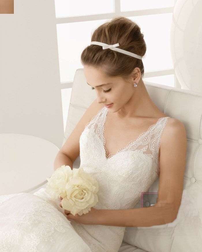 So Good Rosa Clara Vestidos De Novia O Fiesta Para Estar Perfecta Vintage Wedding Hairstyles