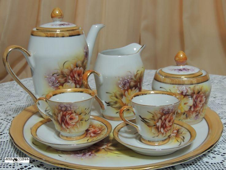 O serviço do chá se torna muito interessante quando servido com louças antigas. Foto:Acervo Arte & Cozinha-Heda Seffrin