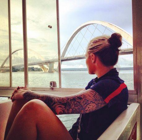 Ashlyn Harris, boat tour, Brasilia. (Instagram)