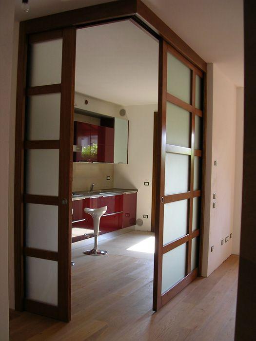 Oltre 25 fantastiche idee su pareti in legno su pinterest - Porte interne colorate ...