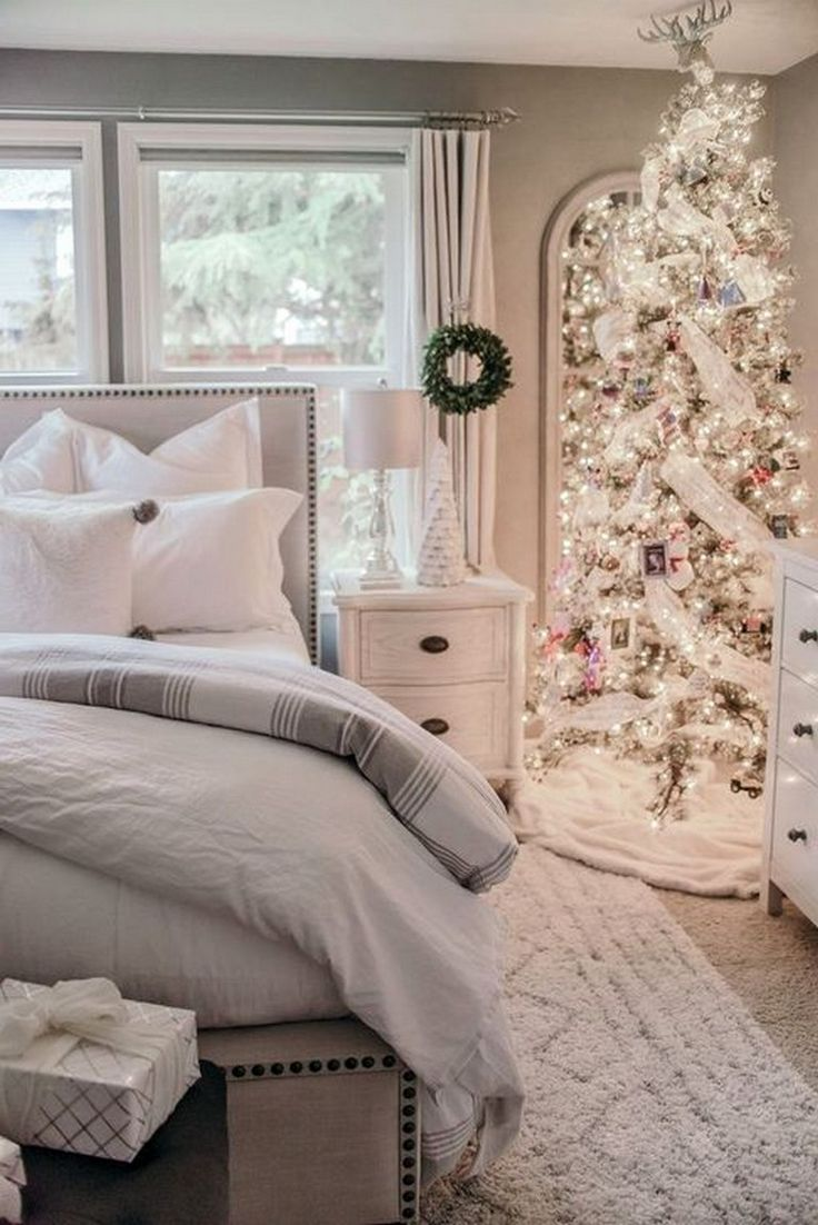 35+ Interesting Bedroom Decoration Ideas For Winter #bedroom #bedroomdecorating …