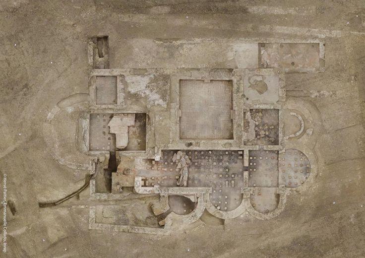 Dans les Côtes-d'Armor, les archéologues de l'Inrap ont découvert la partie résidentielle (pars urbana) d'un vaste domaine gallo-romain de type villa. Ses thermes ont été retrouvés dans un état de conservation exceptionnel.