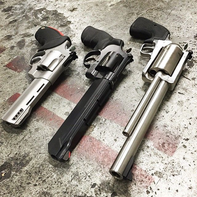 BIG bore Magnum Research BFR .500, Smith & Wesson 629 Stealth Hunter .44, Taurus Raging Bull .454 Casull Find our speedloader now! http://www.amazon.com/shops/raeind