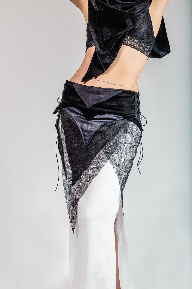 Lechuza negra, TRIBAL FUSION desigual, fase luna bruja, falda hada, boho falda, gotico magia festival burning trance upcycle, falda original de EfimeraClothing en Etsy
