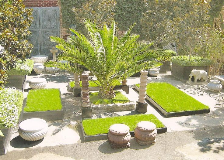Wonderful Courtyard Decoration With Green Garden And Concrete Water Feature  3 Good Ideas For Decorating Courtyards
