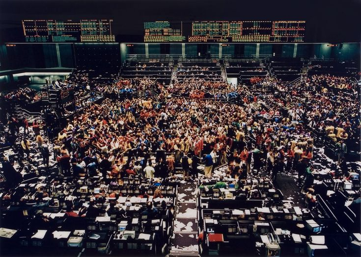 got to see this gursky in the flesh at a sothebys auction preview 10 yrs ago - so so gorgeous and so so annoying that I can't get a poster of it!!