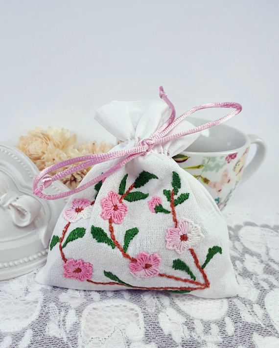 Handmade travel pouch embroidered favor bag white jewelry