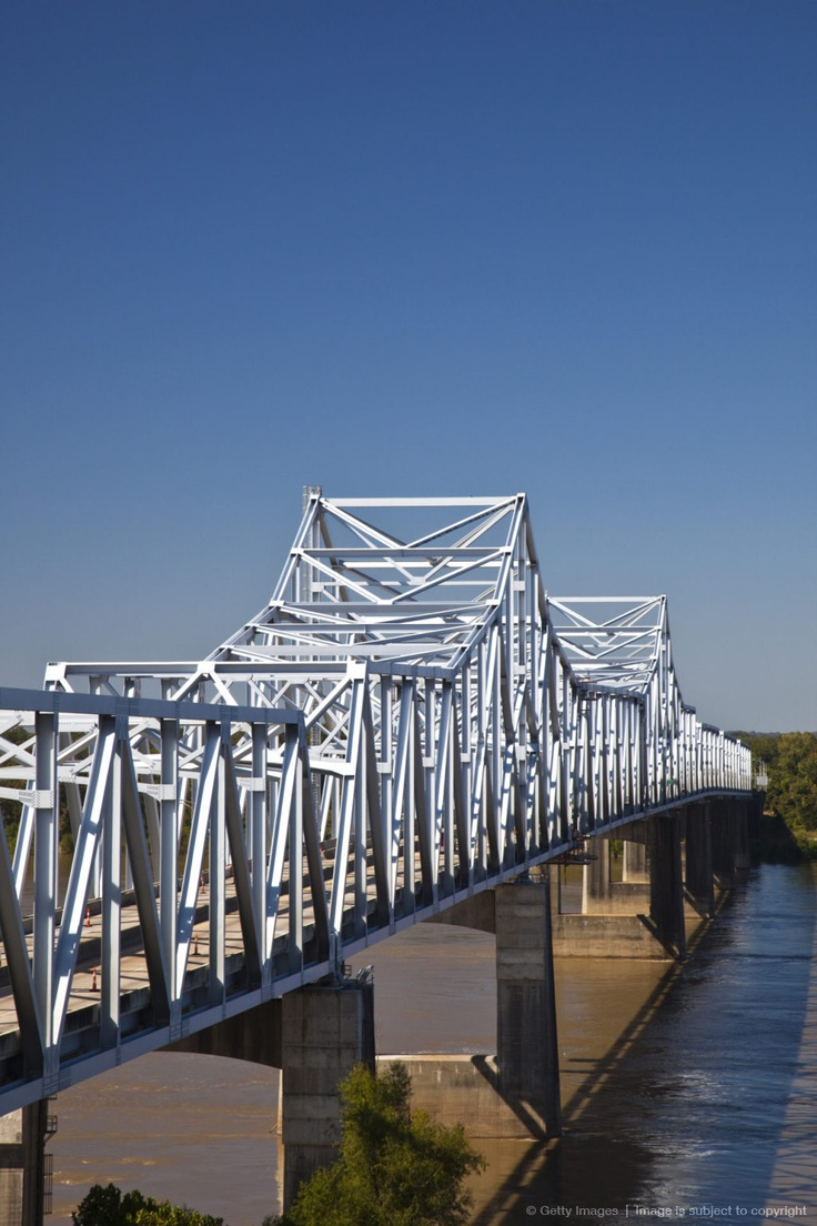 I-20 Highway bridge across Mississippi River, Vicksburg, Mississippi