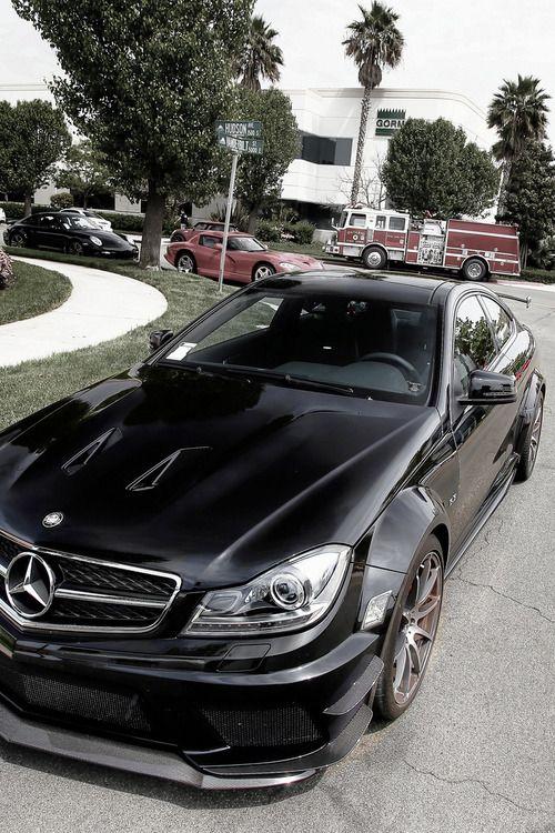 Mercedes AMG Black Black Series.