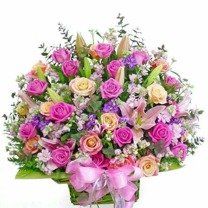 206 best Flowers in vases & containers images on Pinterest   Vase ...