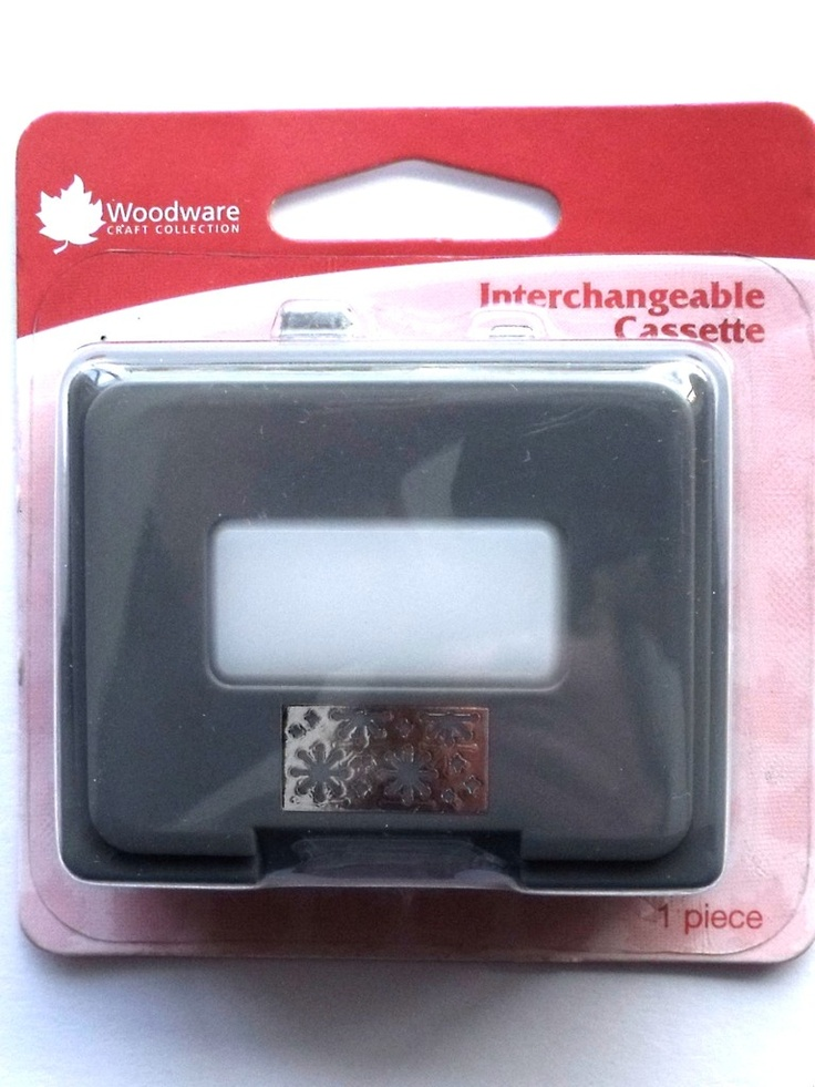 WOODWARE CRAFTY EDGER CASSETTE - BLING BLING    Cassette for use only with the Crafty Edger CP43 Set. For best results use 110gsm - 180gsm craft paper, incorrect thickness will result in the punch jamming.