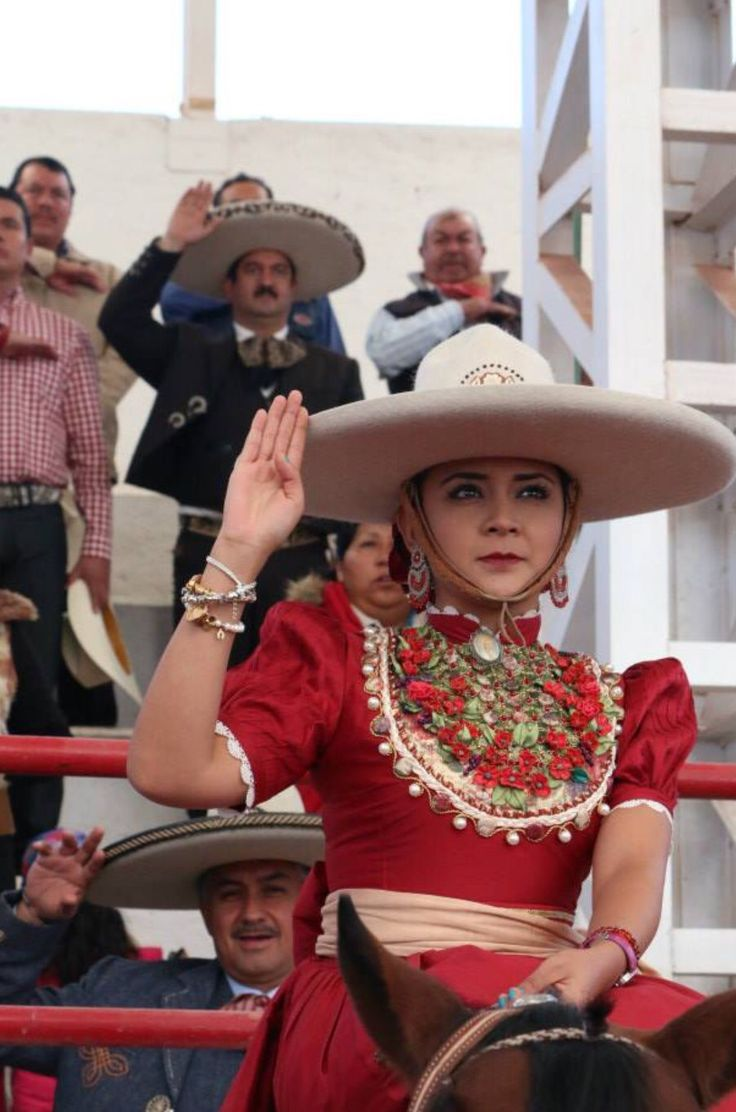 Charras - cowgirls from Mexico. Skilled, styled.
