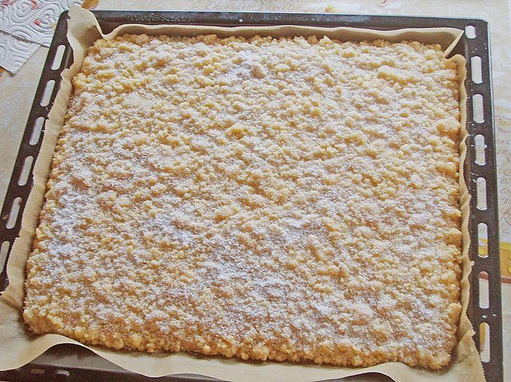 Zutaten  Für den Teig:   200 g Zucker  4 Ei(er)  200 g Mehl  1 TL Backpulver   Für die Streusel:   250 g Butter  250 g Zucker      ...
