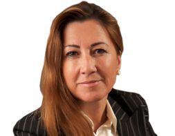 Maria João Aguiar Martins - Com uma experiência em consultório e empresarial de mais de 25 anos, tem desempenhado diversos lugares de responsabilidade em empresas de múltiplos setores e áreas de atividade. O grande contato com empresas em Portugal e no Brasil proporciona-lhe uma visão abrangente das pessoas.