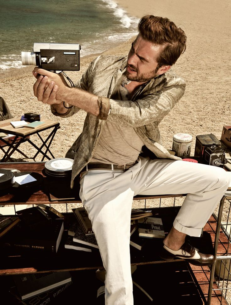 Ersoy Alap Captures a Lonely Engin Altan Düzyatan for Esquire Turkey's July Edition