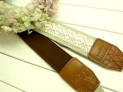 Lusikka natural linen and lace camera strap