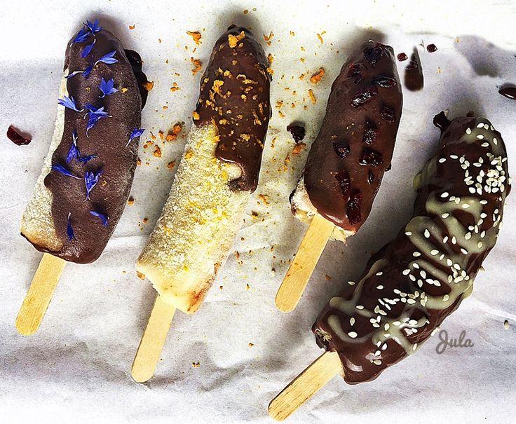 Bananowe lody na patyku