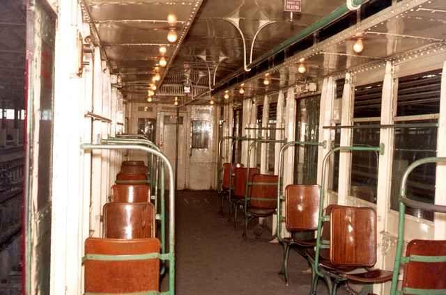 Interior vagón del Metro de Madrid, Mayo 1970