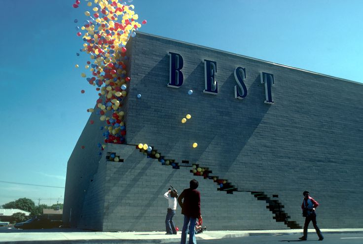 When Art, Architecture and Commerce Collided: The BEST Products Showrooms by SITE,Notch Building. Image © SITE