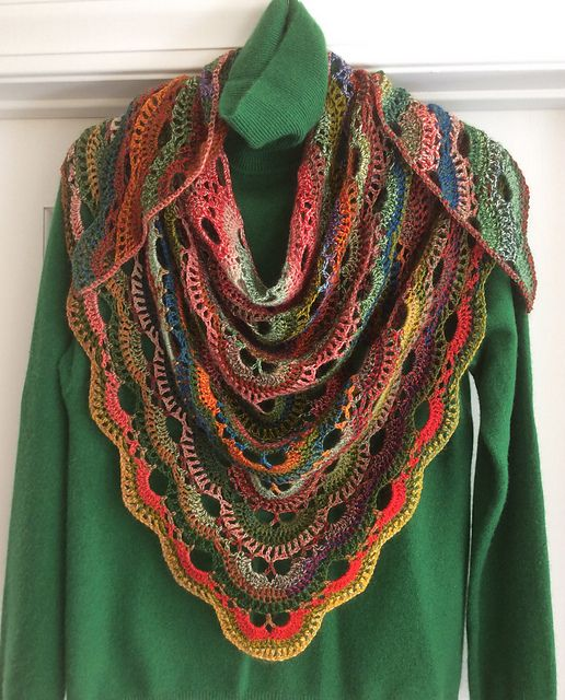 Crochet Virus Shawl : Ravelry: Project Gallery for Virus shawl / Virustuch pattern by Julia ...