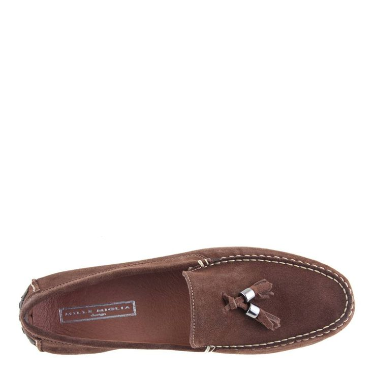 Leather driving loafers with tassel detailingClassic designGripped soleColour: light brownUpper: leatherLining and sock: leatherSole: other materials