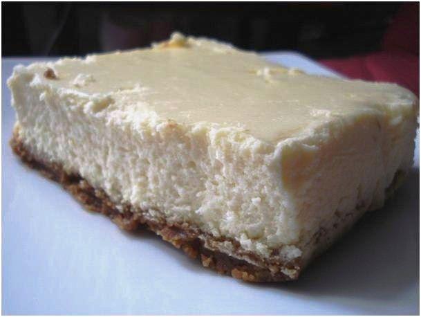 Apprend à cuisiner le traditionnel cheesecake américain : ingrédients, cuisson, astuces... Tout pour réussir un délicieux gâteau au fromage !