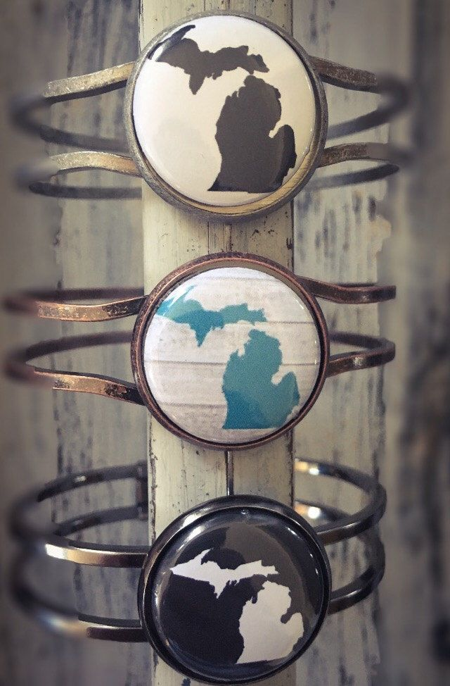 Michigan Bracelet, Made in Michigan, Michigan Jewelry, Jewelry, State of Michigan, Bracelet, Michigan State, Mitten Jewelry, Michigan Gift by AbbyLucilleJewelry on Etsy https://www.etsy.com/listing/478188736/michigan-bracelet-made-in-michigan