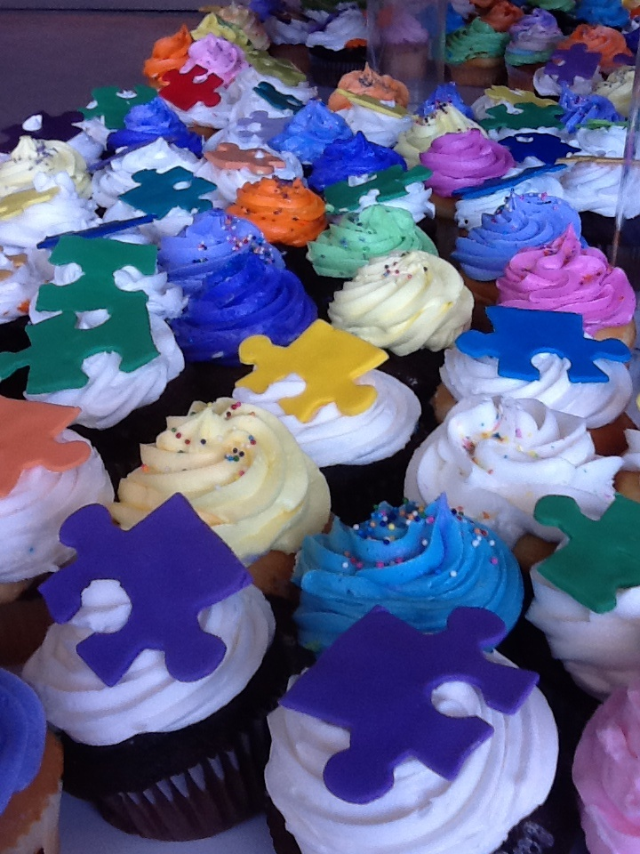 Pieces of the Puzzle Cupcakes