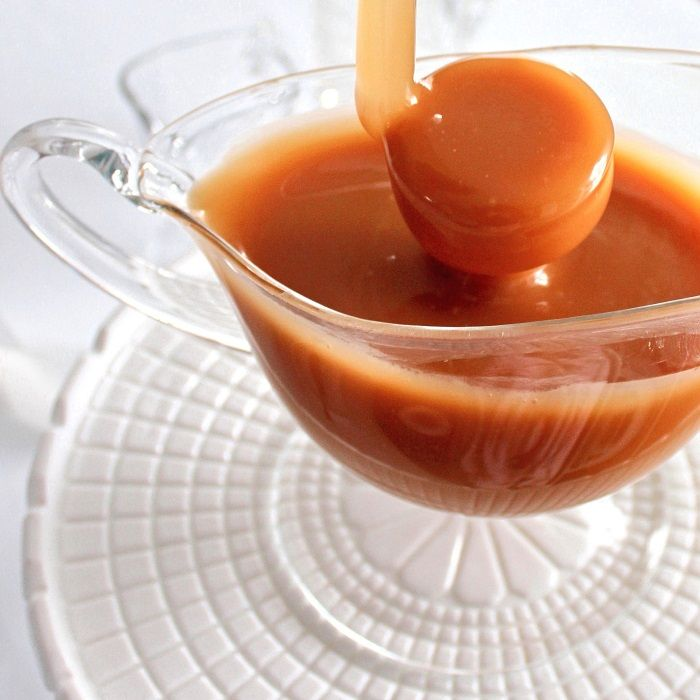SugaryWinzy Oh So Delicious Creamy Caramel Sauce