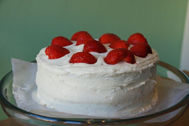 Strawberry & White Chocolate Cake