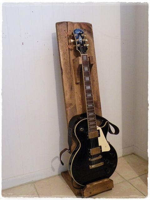 ギタースタンド WD カントリー家具 オーダー家具 工房 の Country KINOKA カントリーキノカ にようこそ