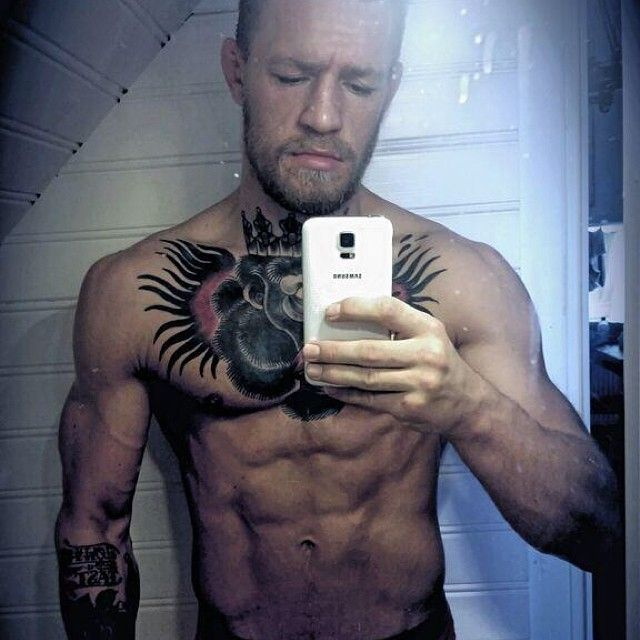 Selfie Of Ripped Conor McGregor If You Love MMA