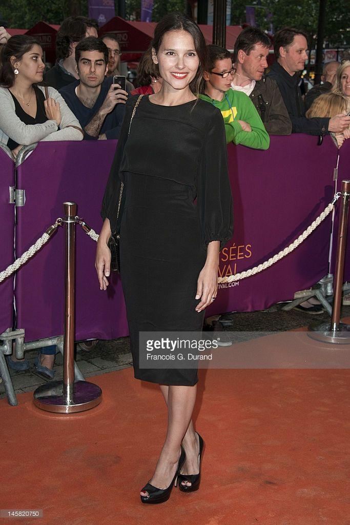 Photo d'actualité : Virginie Ledoyen arrives to the Champs-Elysees...