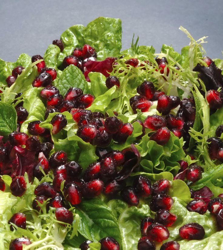 Pomegranate salad/coleslaw