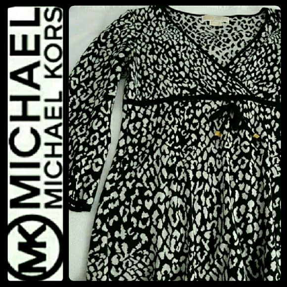 Michael Kors V Neck Sweater NEW Michael Kors by MICHAEL Sweater Top! Gorgeous in Animal Print Style with Gold Metal Accent on Front Ribbon Tie! Long Sleeves in 100% Cotton! So Comfy & Adorable Print! NEW Without Tag! Michael Kors Sweaters