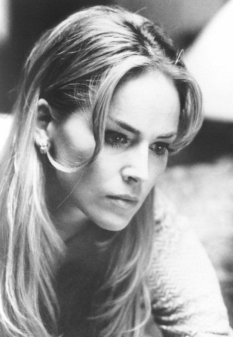 Sharon Stone as Emma Foster (Frankheimer Foundation inteligence).