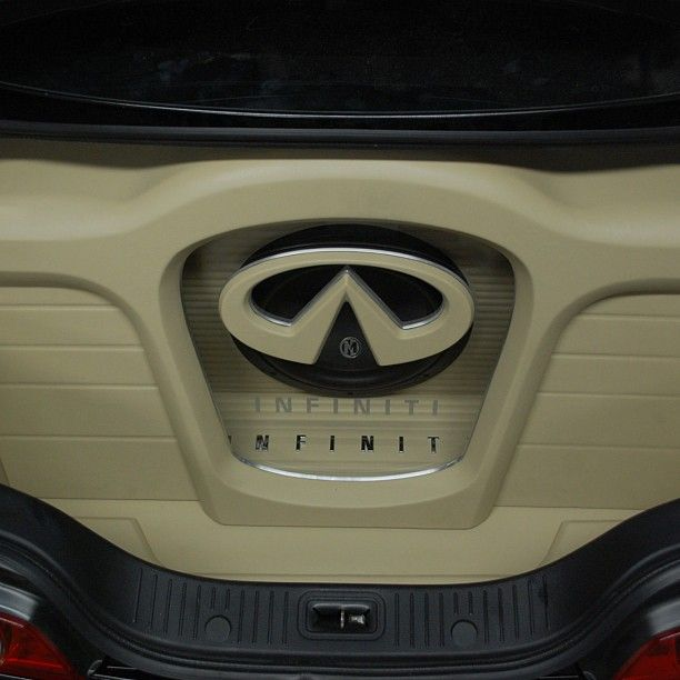 g35 infiniti installer Memphis car audio work hard woodworking leather