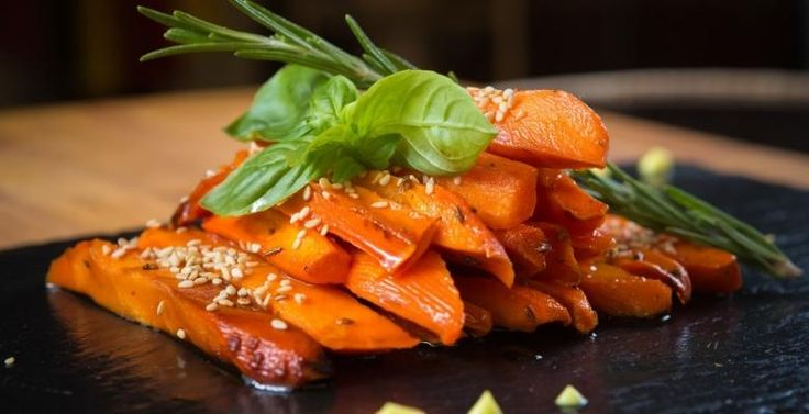 La carotte caramélisée au miel et au vinaigre balsamique - Recettes - Ma Fourchette