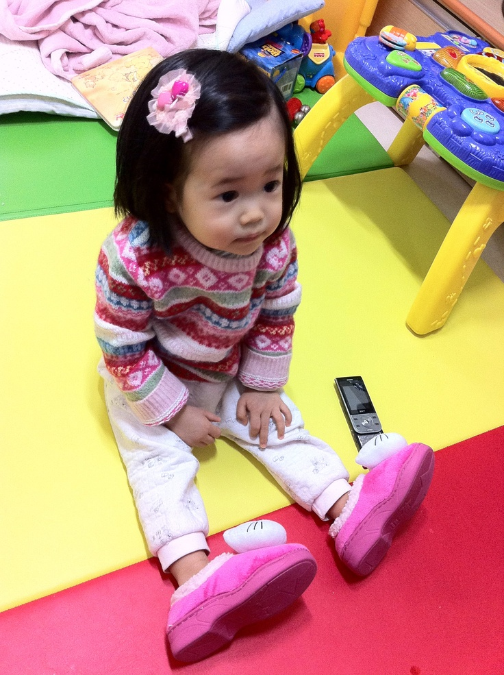 Daddy~ it's too big for my foot! :)