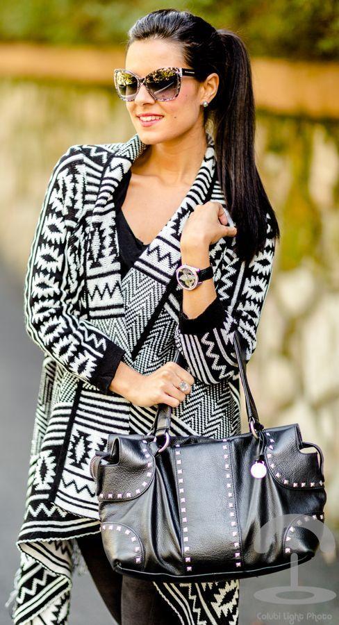 #Chaqueta #Azteca by Crimenes De La Moda => Click to see what she wears