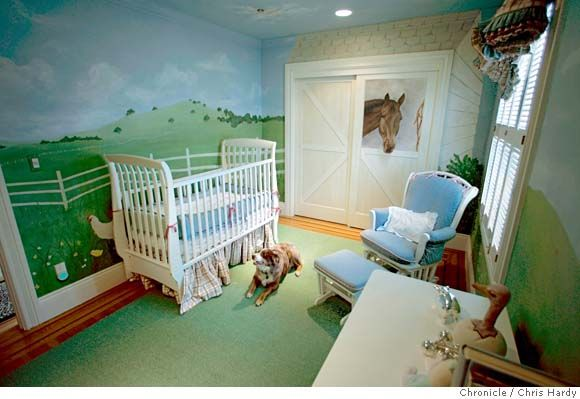 I would love to have a nursery like this in my house