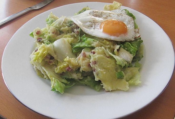 Warmer Mölmscher Endiviensalat, ein beliebtes Rezept aus der Kategorie Kartoffeln. Bewertungen: 28. Durchschnitt: Ø 4,0.