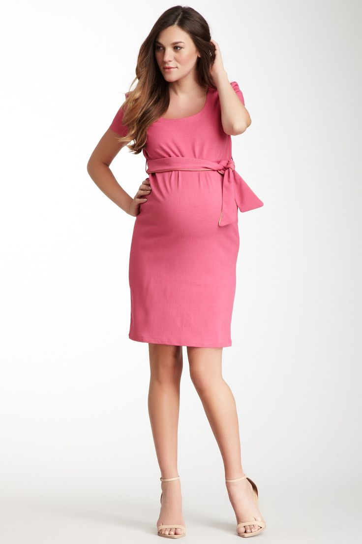 Cute pink maternity dress.